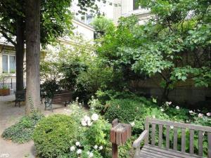 curie jardin