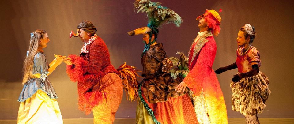 acteurs-et-costumes-alice-pays-merveilles-spectacle
